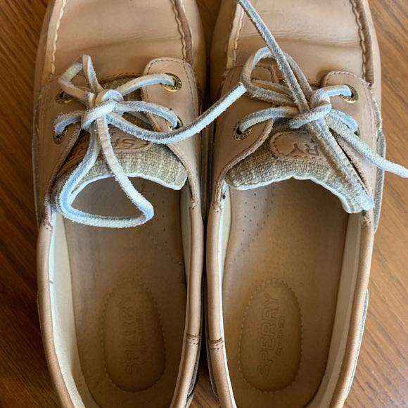 Sperry Ladies boat shoe
